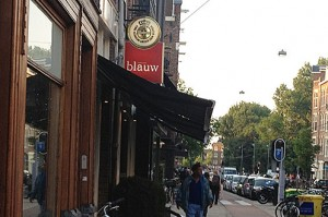 Blauw, the best Indonesian restaurant in Amsterdam